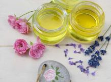 Améliorer la pousse des cheveux avec des huiles!